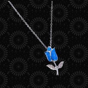 Blue sparkle glitter accent tulip necklace